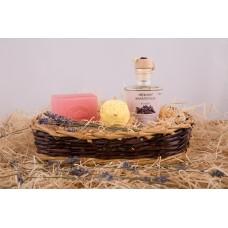 Dárkový koš březové kosmetiky Be2la® - 1 mýdlo, masážní olej, koule do koupele/srdíčka